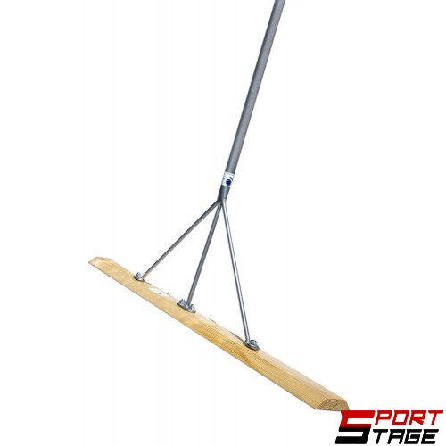 Дървено гребло за подравняване на тенис игрище